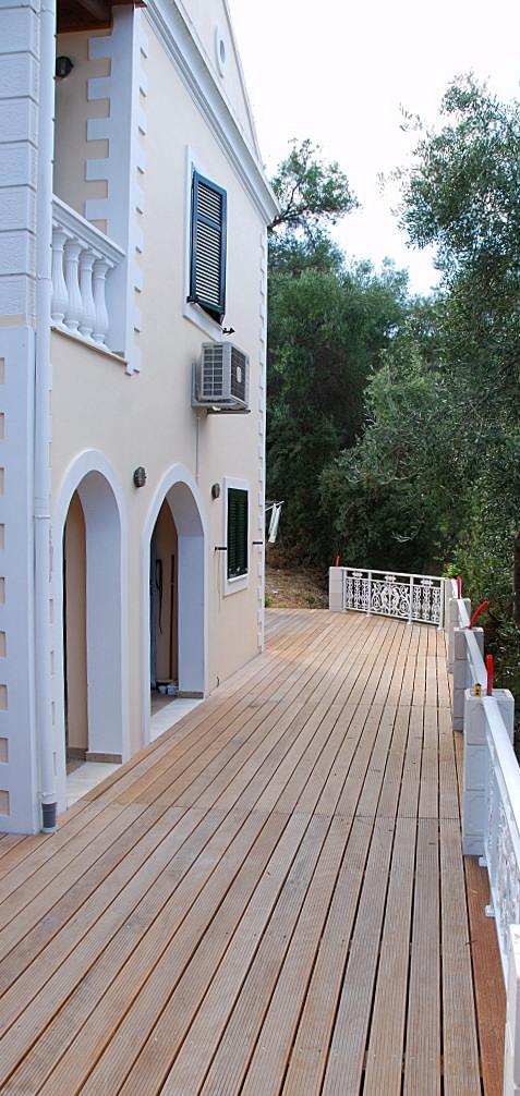 villa_holz_terrasse-008