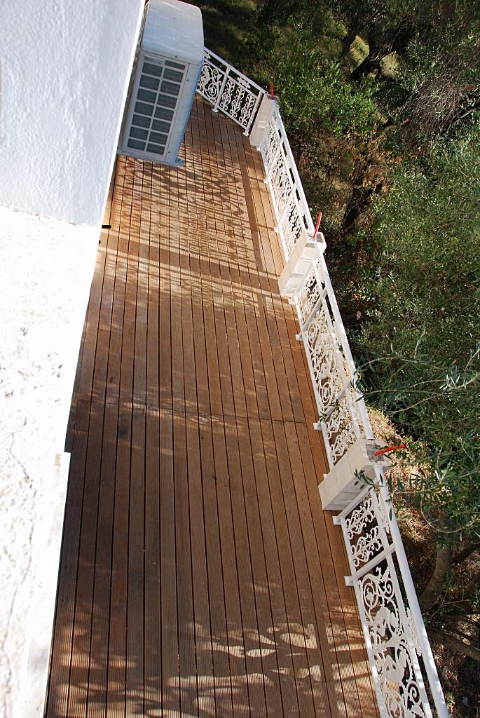 villa_holz_terrasse-014